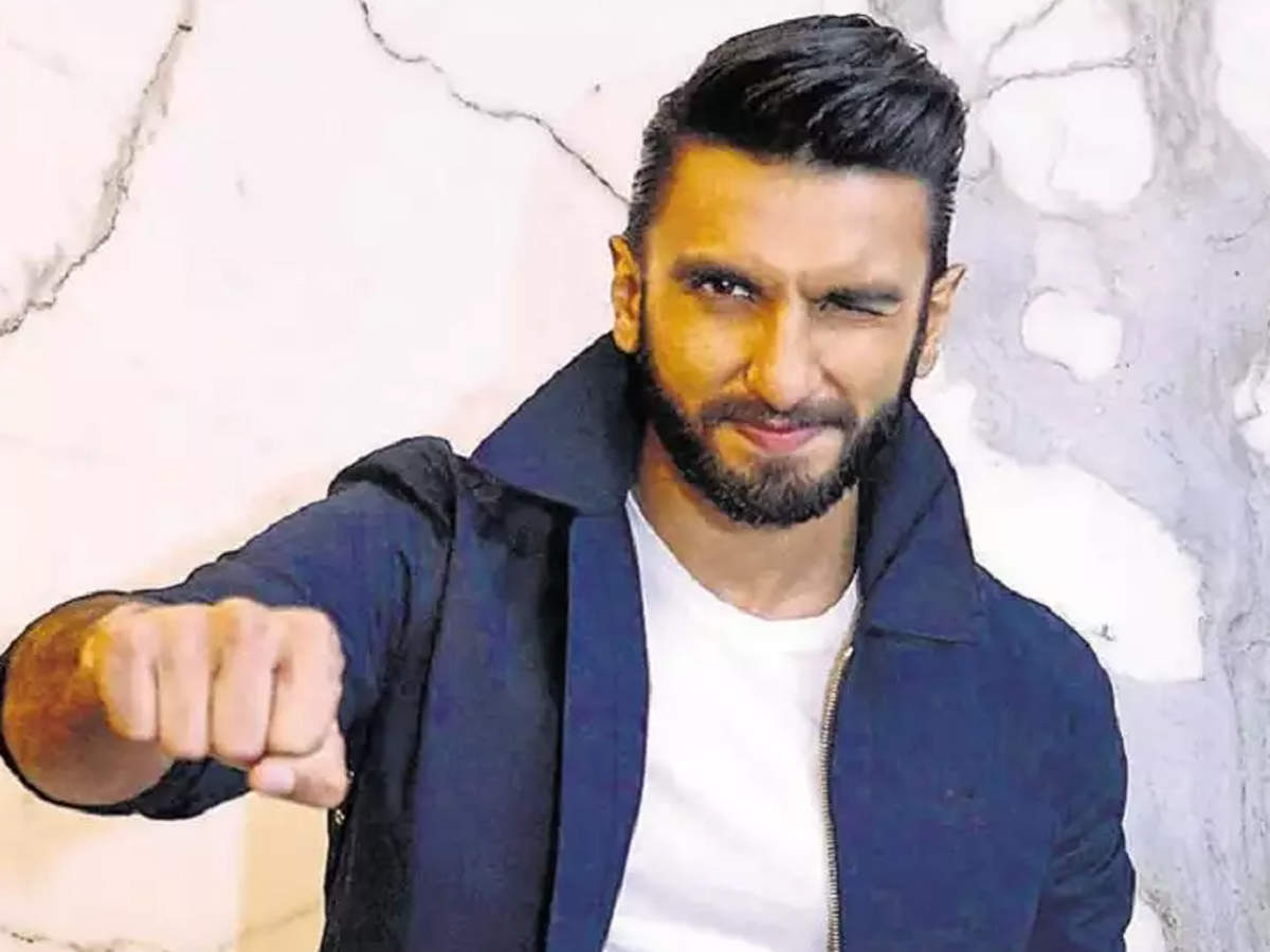 ranveer-singhs-throwback-pic-proves-he-had-offbeat-fashion-sense-since-childhood