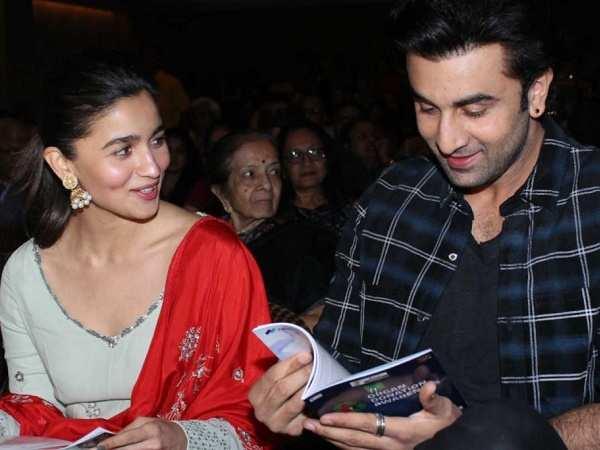 Ranbir Kapoor visits Alia Bhatt at her residence