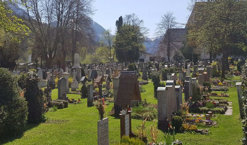 German city to hold a lottery for coveted cemeteries