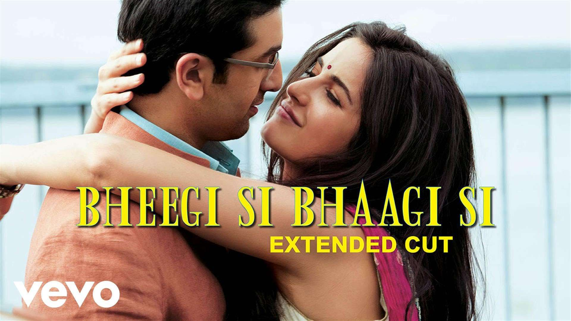 Hindi Song Bheegi Si Bhaagi Si Sung By Mohit Chauhan