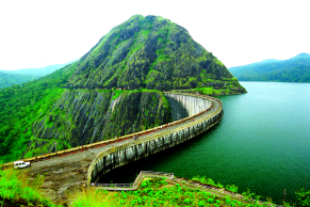 Travel advisory: All 5 gates of Kerala's Idukki Dam opened now