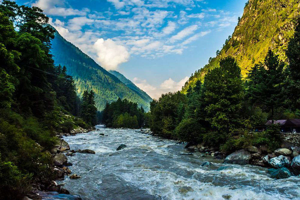 When travelling to Parvati Valley, never do these things