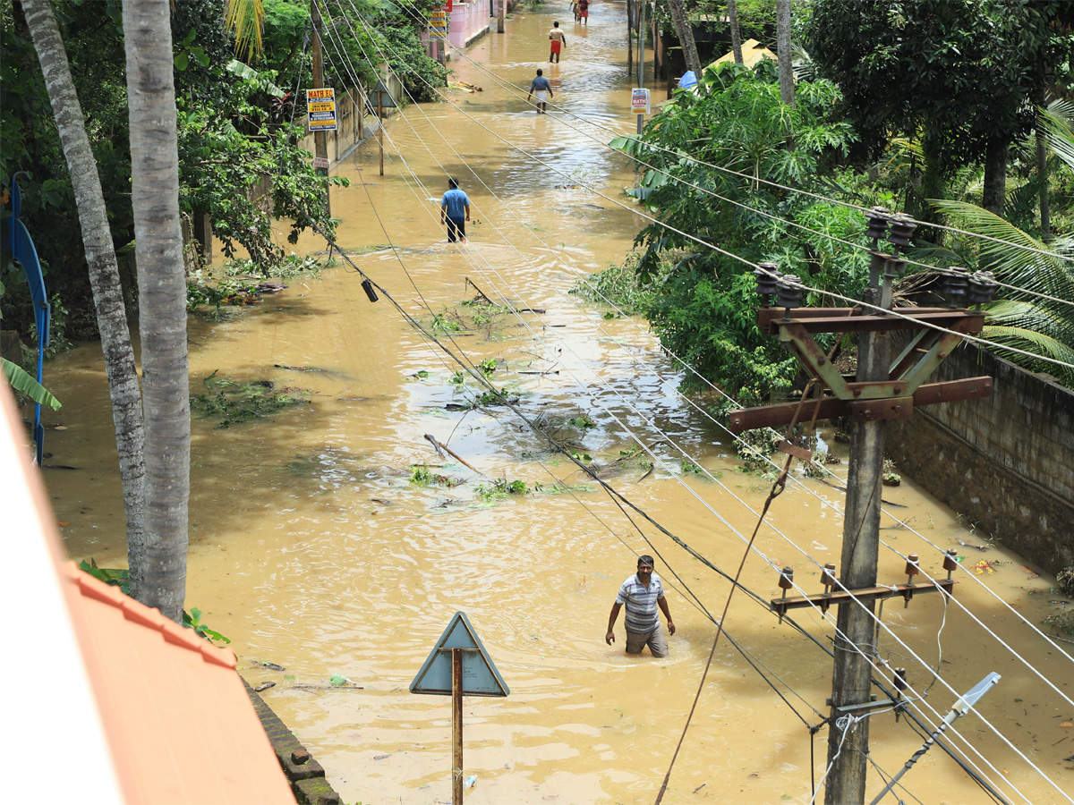kerala-floods-red-alert-across-state