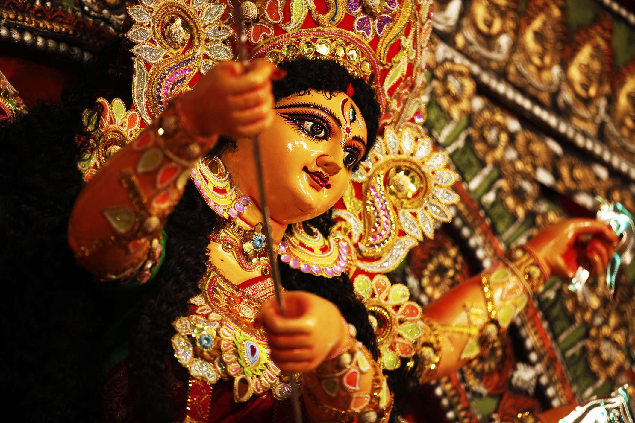Kumartuli―where you witness the Goddess come alive