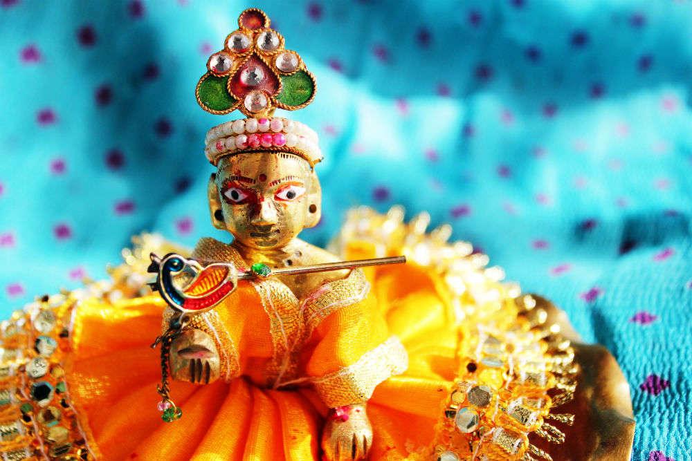 Places to visit in Mumbai to witness Janmashtami celebrations