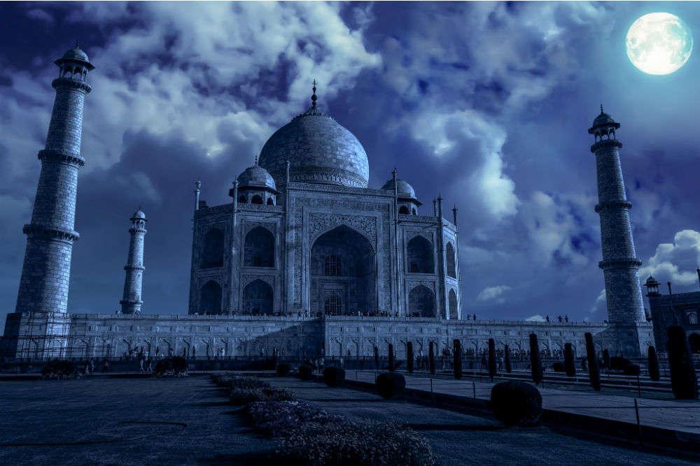 A guide to Taj Mahal night tours