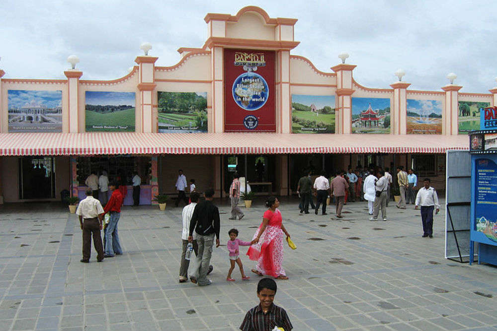 Ramoji Film City tour in Hyderabad: the good and the bad of it