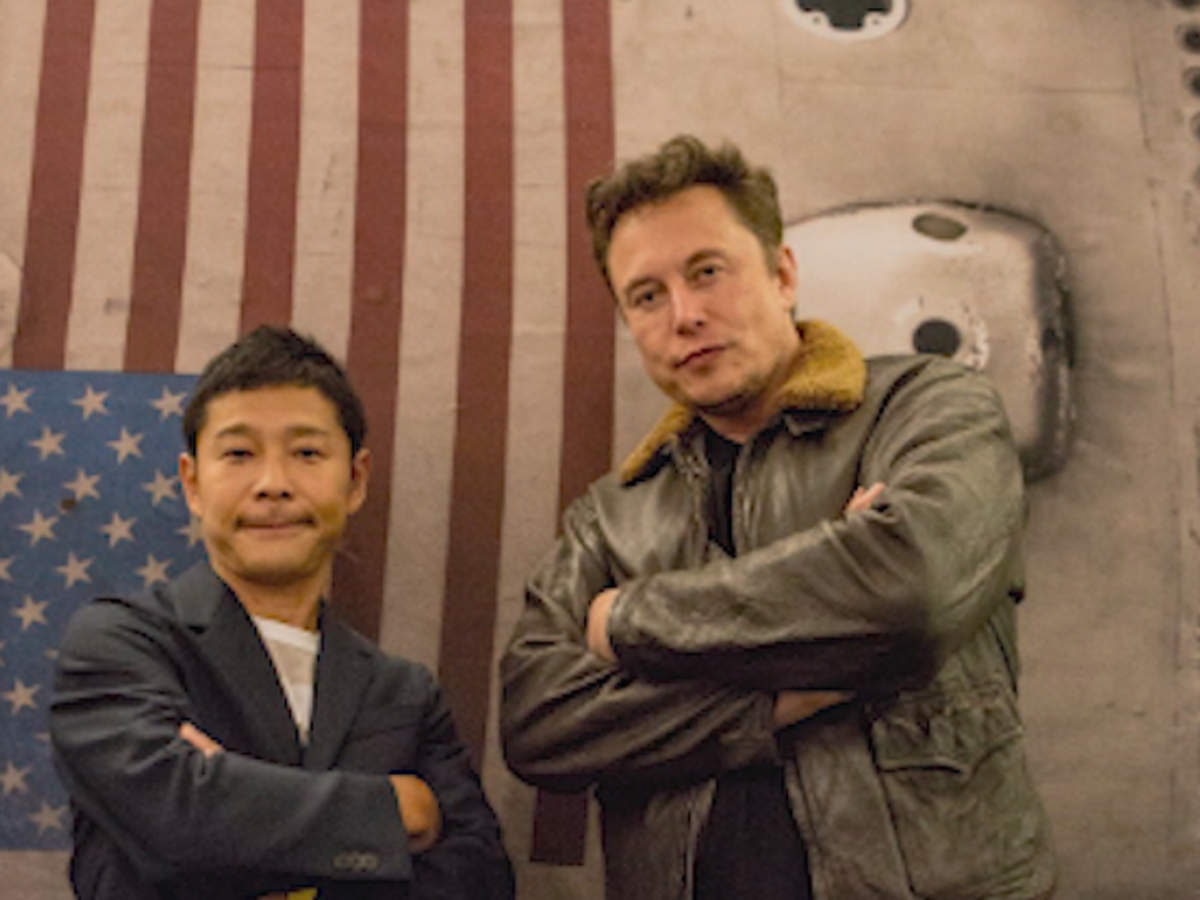first-private-citizen-to-head-to-the-moon-on-spacex-flight