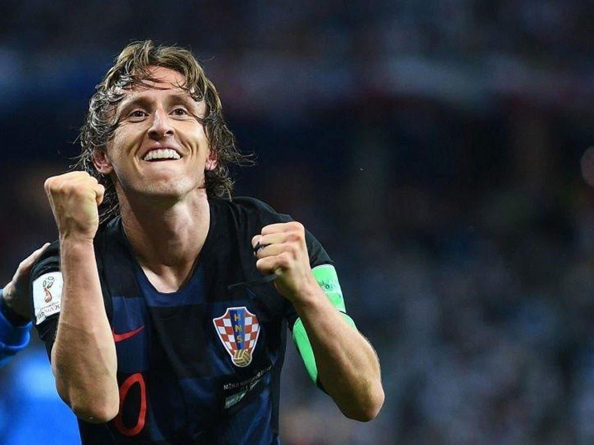 croatias-luka-modric-wins-fifa-best-player-of-the-year-award