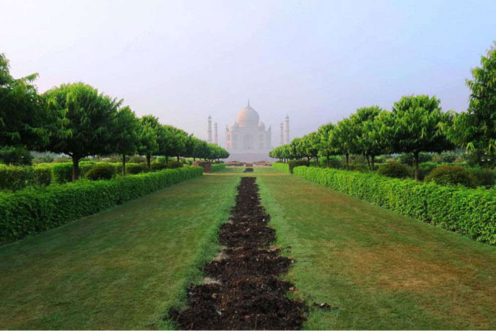 Mehtab Bagh – a place frequented by Shah Jahan to admire the beauty of Taj Mahal