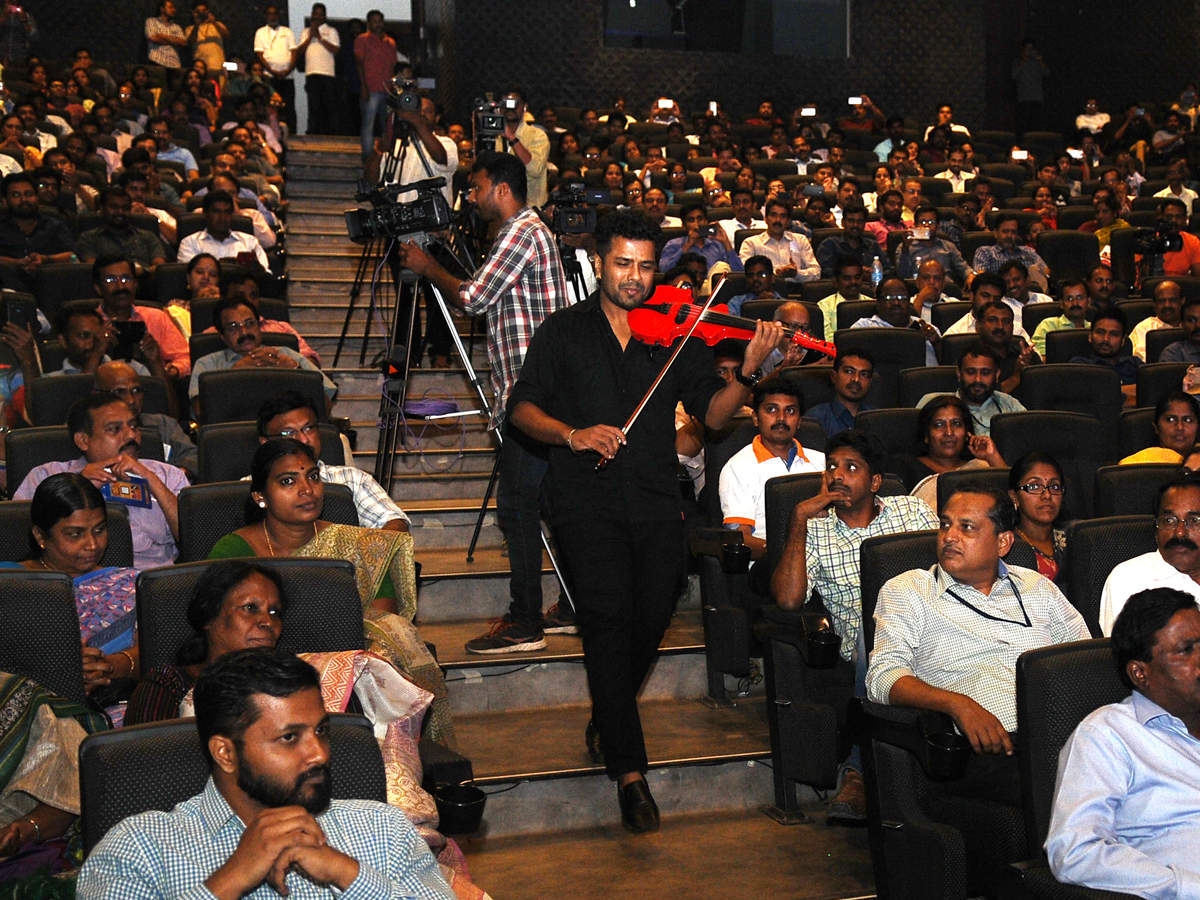Violinist Balabhaskar: Perfection is the word to describe