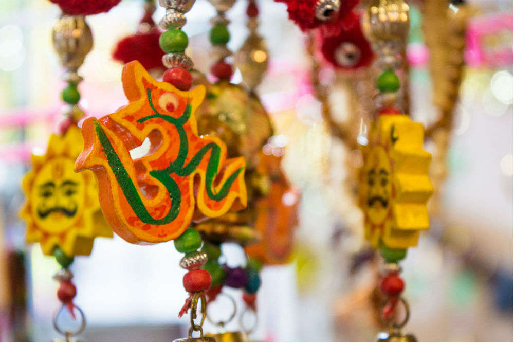 Don't miss these 5 bustling bazaars in India for buried treasures