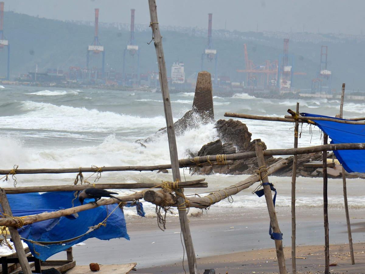 Cyclone Titli beats Srikakulam killing 8
