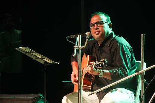 A musical evening featuring non-filmi Bengali songs