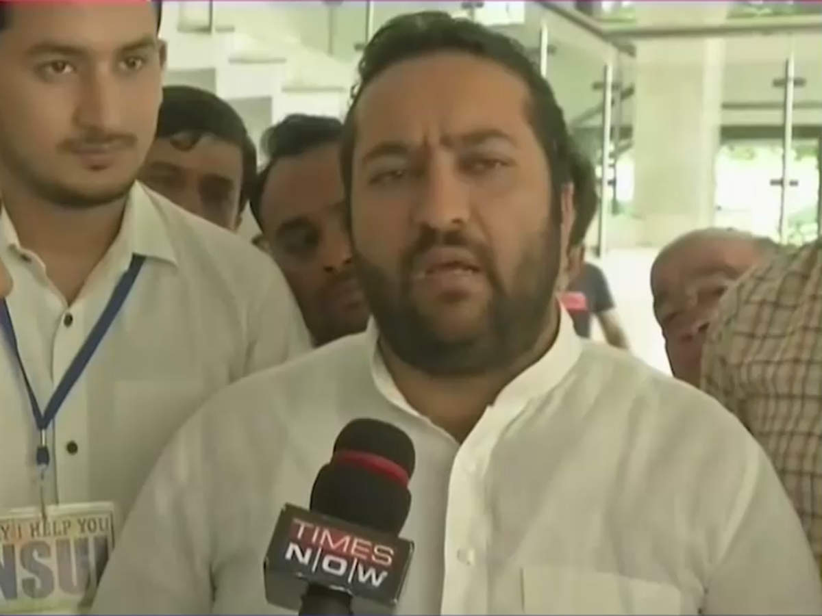 metoo-nsui-president-fairoz-khan-quits-after-charges-of-sexual-harassment