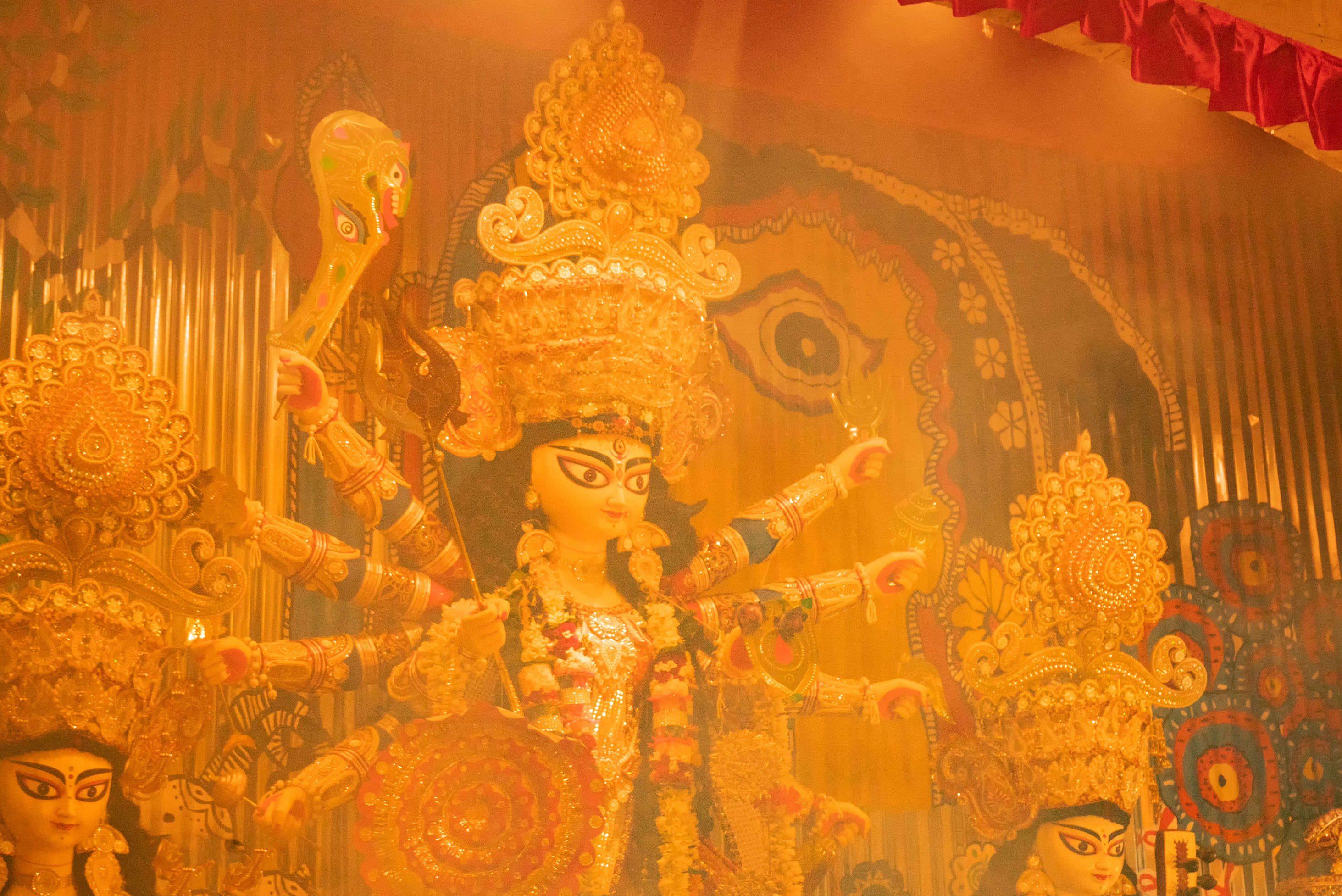 What food you should eat near a Durga Puja pandal?