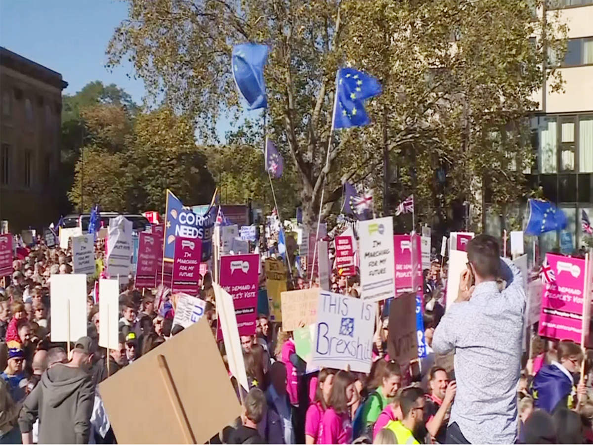 london-protesters-call-for-new-brexit-referendum