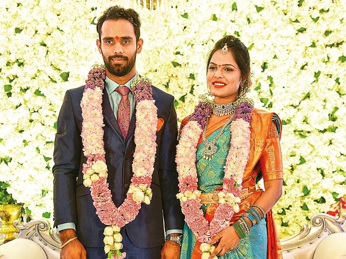 Hanuma Vihari: Vihari gets engaged to Preeti in a ...