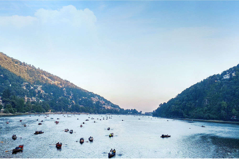 How to reach Nainital from Delhi?
