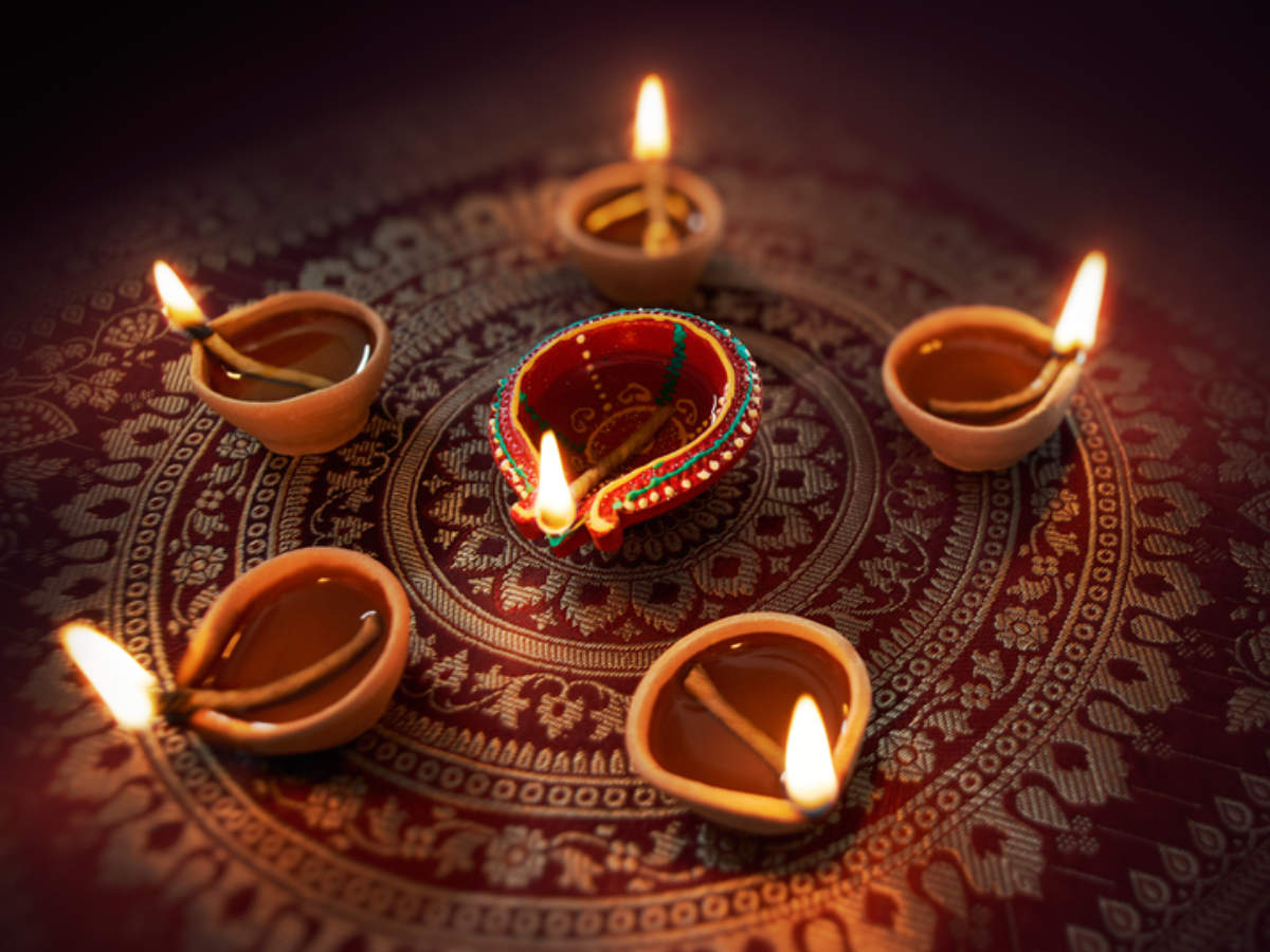 Happy Diwali Quotes, Wishes & Messages: 10 Quotes