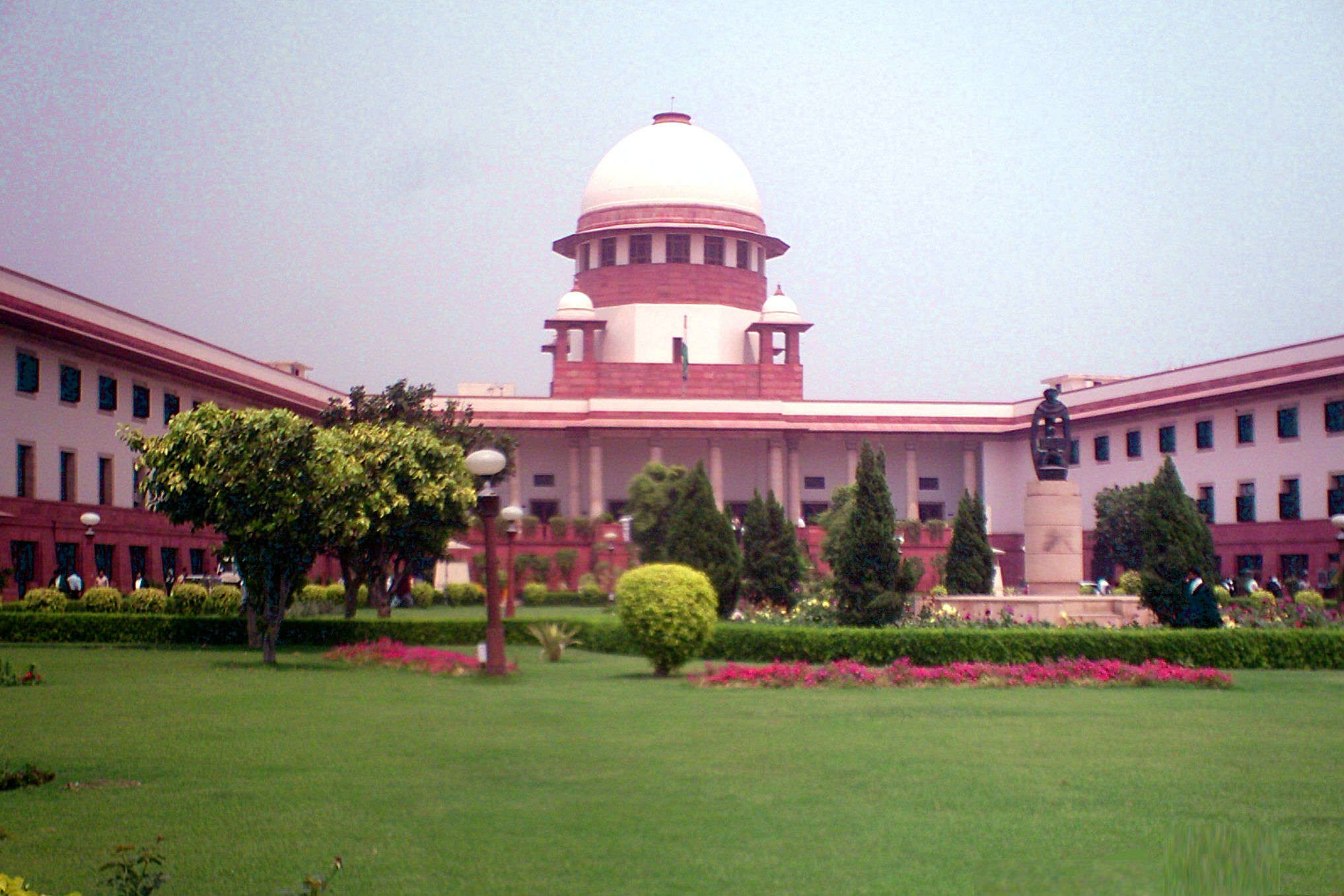 Now you can visit the Supreme Court of India and take a tour