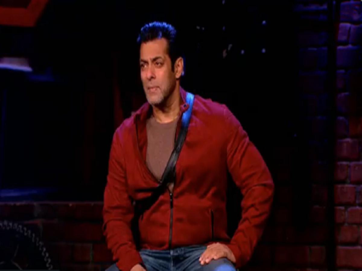 Bigg Boss 12 Weekend Ka Vaar November 11, 2018 LIVE: Salman
