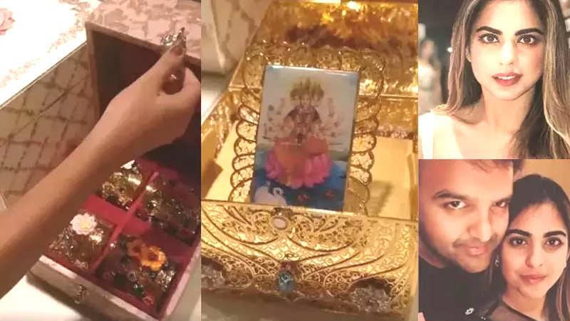 Isha Ambani Anand Piramals Wedding Invite Is All Things Royal