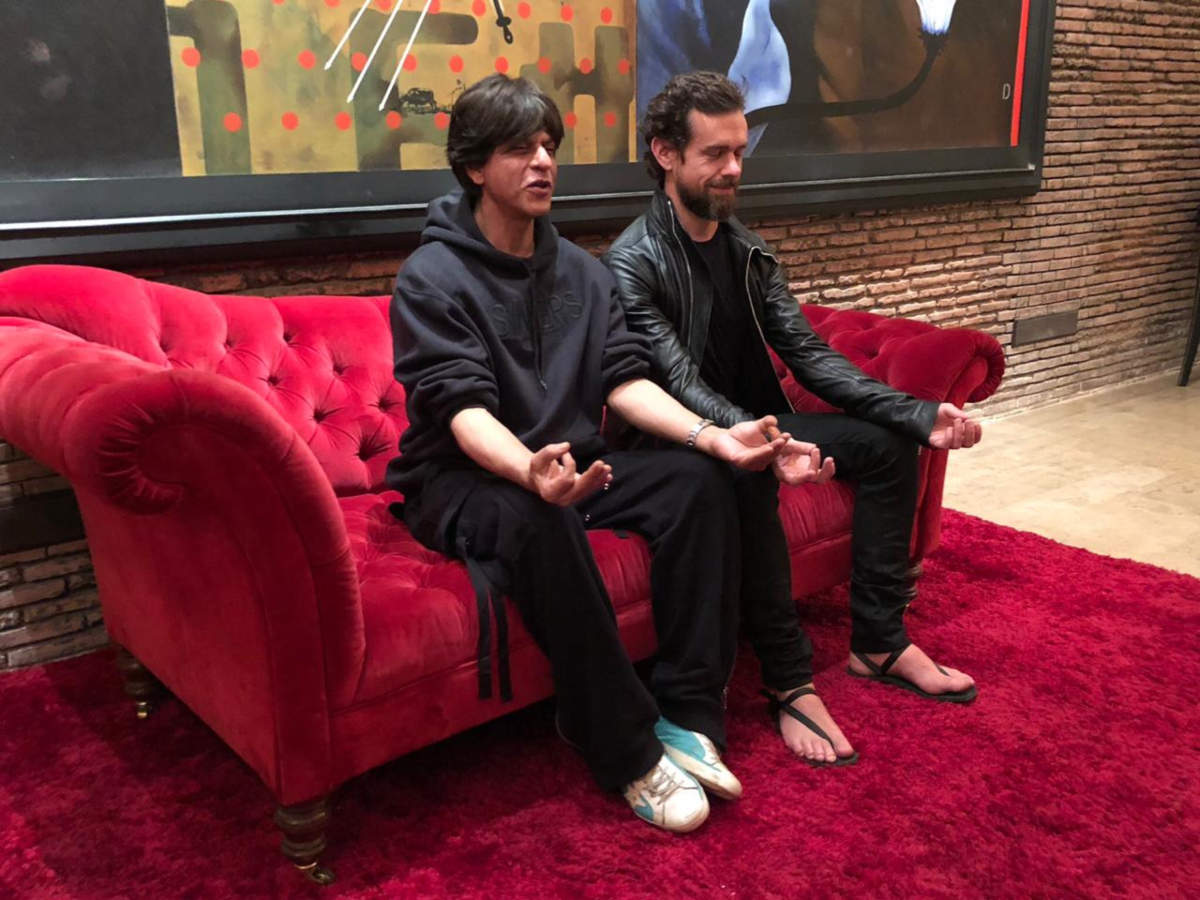 Watch this breathtaking photo of Shah Rukh Khan and Twitter CEO Jack Dorsey