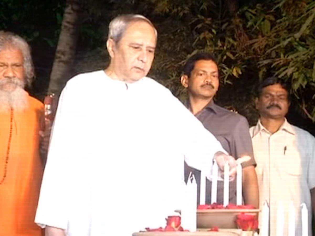 cm-naveen-patnaik-inaugurates-bhubaneswar-art-trail-2018-in-odisha