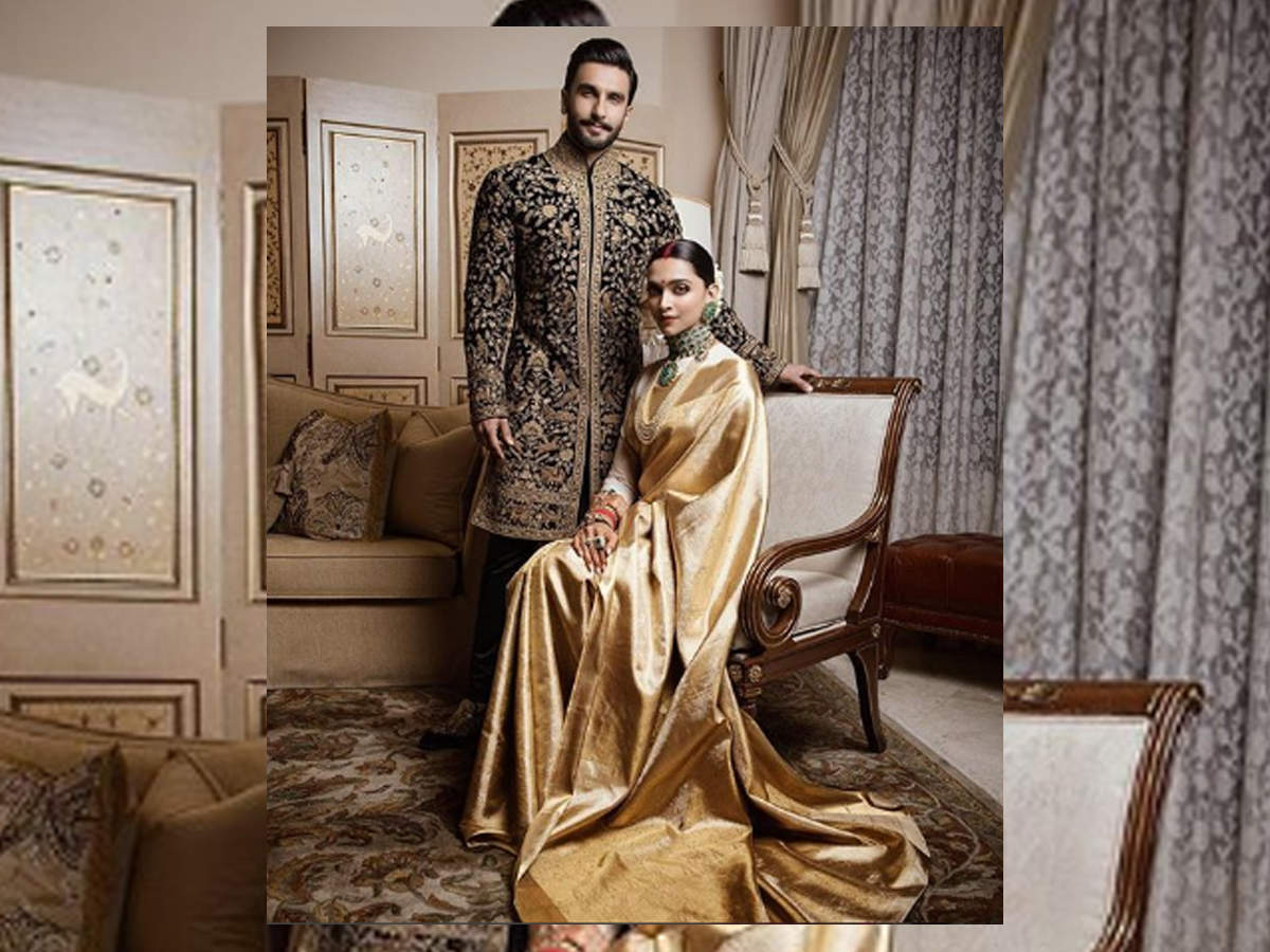 Deepika Padukone and Ranveer Singh are looking majestic at their Bengaluru wedding reception - Times of India
