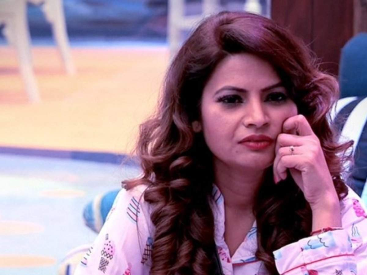 Megha Dhade Says She Isnt Sorry For Throwing Shoe And Spitting At
