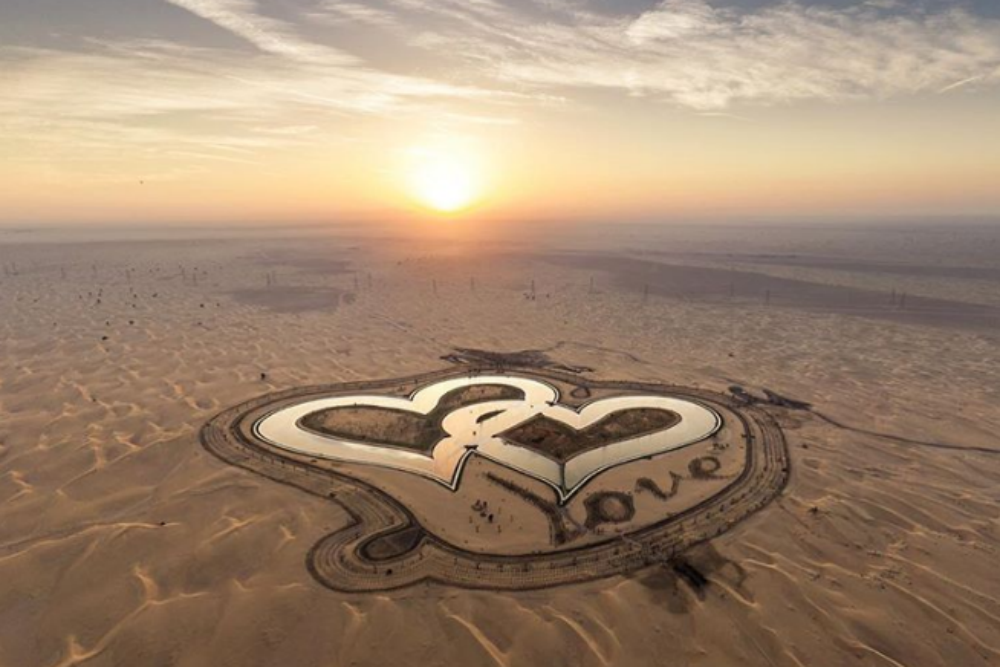 Dubai does the impossible again! Builds intertwined heart-shaped lake in a desert