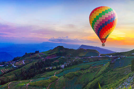 Up above the world so high—5 spots to enjoy a hot air balloon ride in India