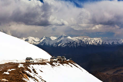 Ladakh to soon get all-weather road from Manali