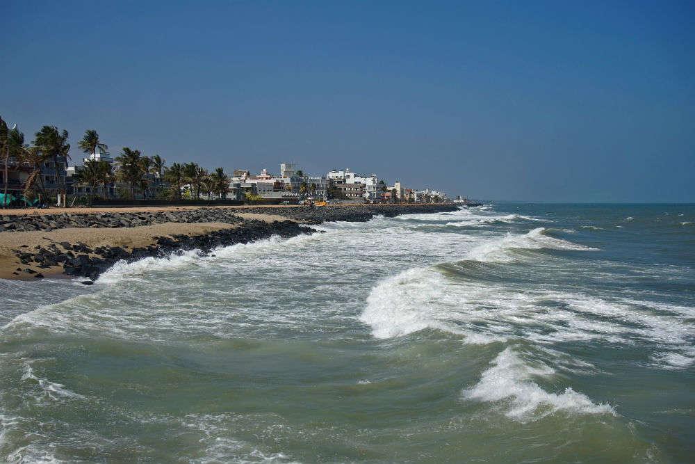 Checkout the best Pondicherry hotels near beach