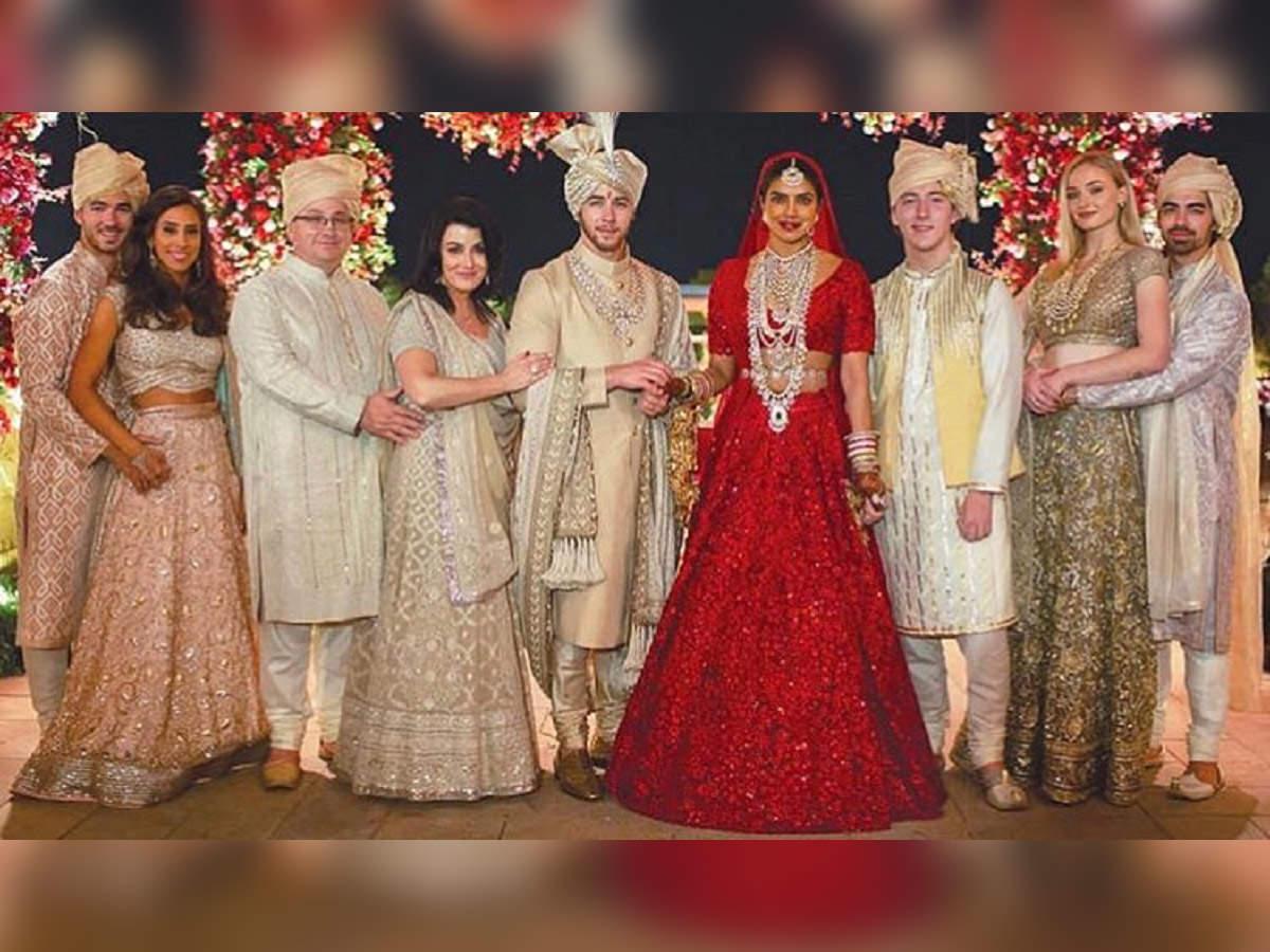 Priyanka Chopra and Nick Jonas Hindu wedding Photos, marriage