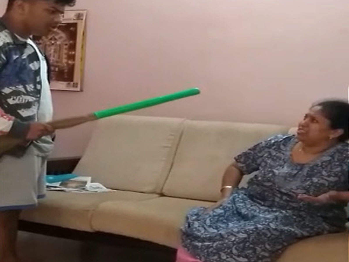 Old Granny Young Boy Porn Tube video of 17-year-old beating mom with broom goes viral in bengaluru
