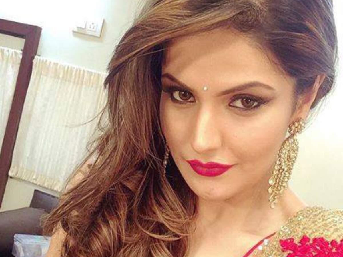 zarine khan's car encountered a massive car accident in goa | hindi