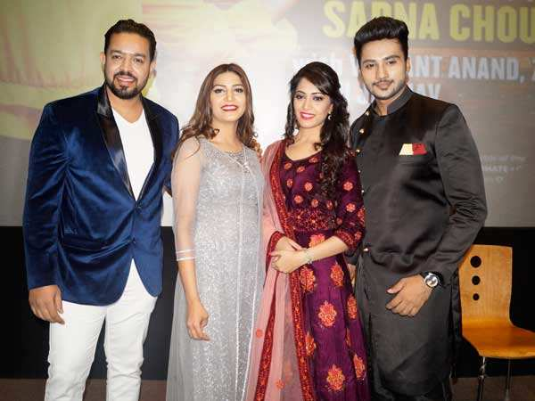 Singer Sapna Choudhary visits Delhi with the cast of her