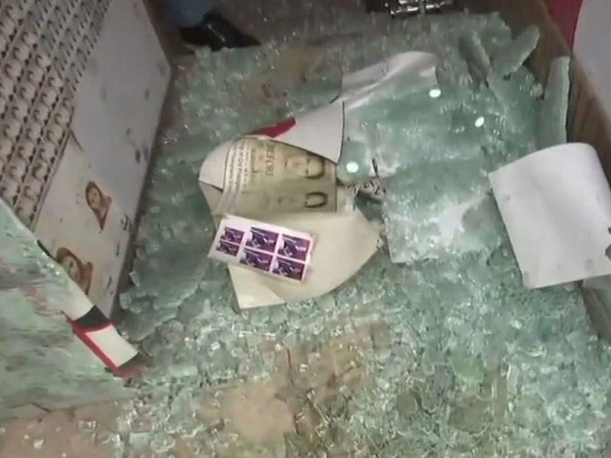 2 grenade attacks on security forces in Kashmir