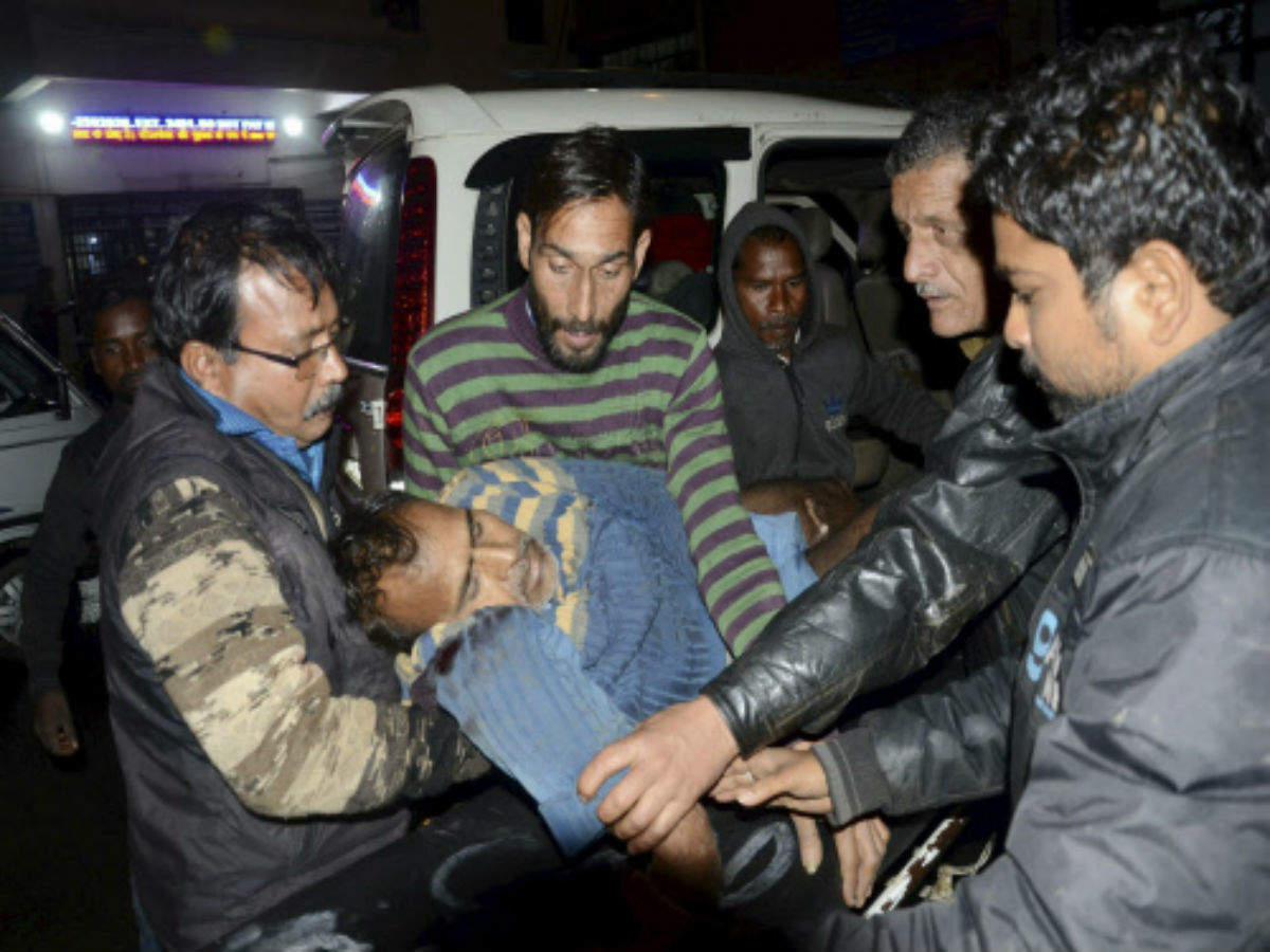 2 dead 4 wounded at the cable car accident in Jammu cable car project days before the inauguration by PM