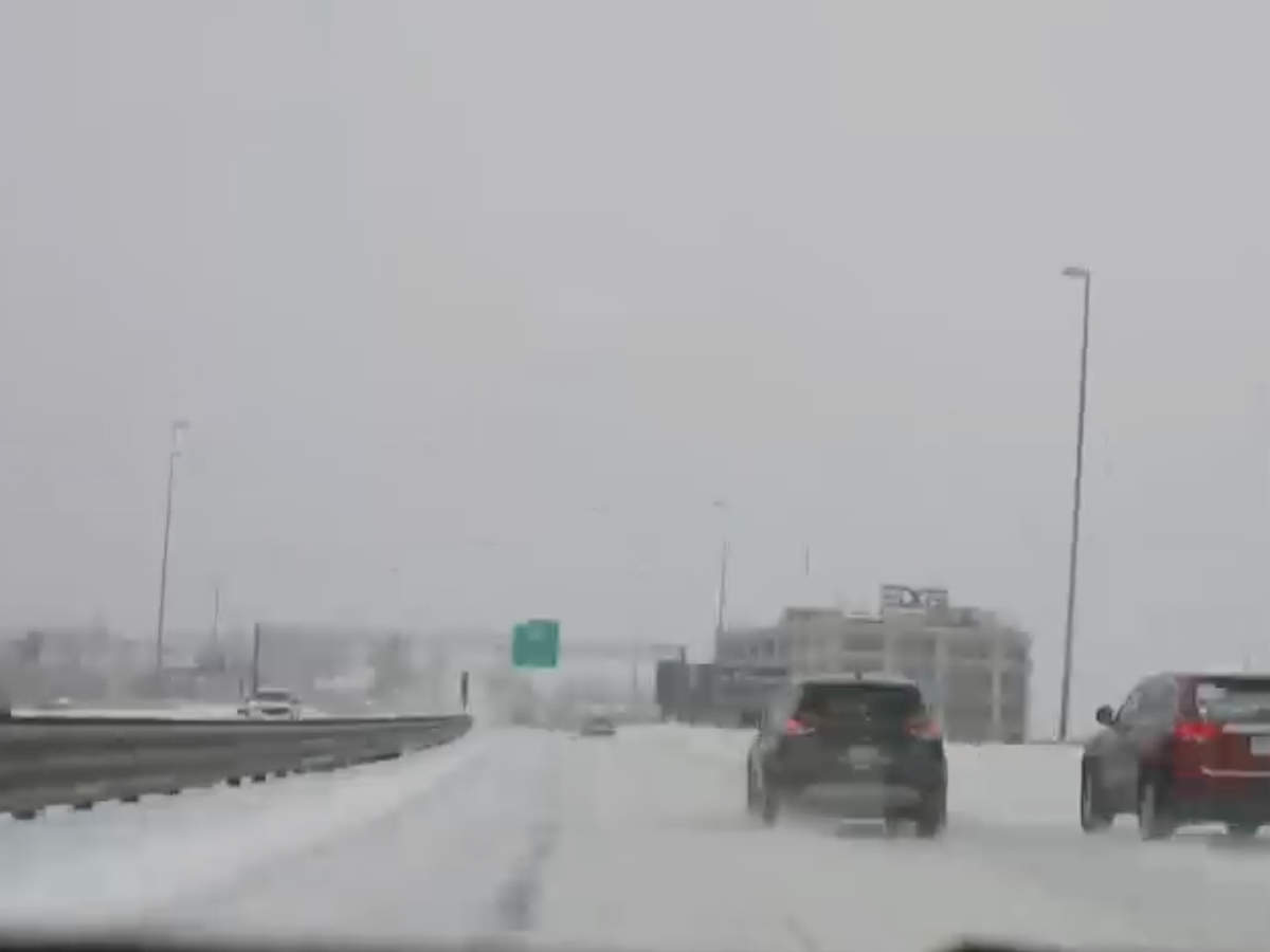 time-lapse-snowy-roads-in-new-england