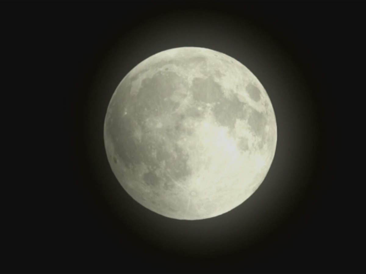 total-lunar-eclipse-comes-with-supermoon-bonus
