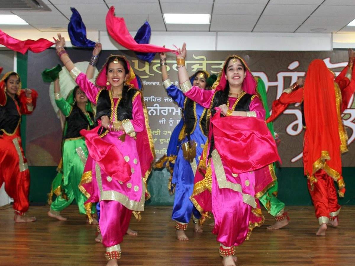 Annual Maa Boli Mela held to promote Punjab  s s culture