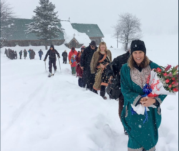 Gulmarg is the new wedding destination, and 'snow wedding' is the new trend