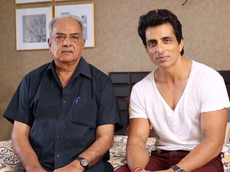 Sonu Sood's Heartfelt Note For Late Father Shakti Sood | Hindi Movie News