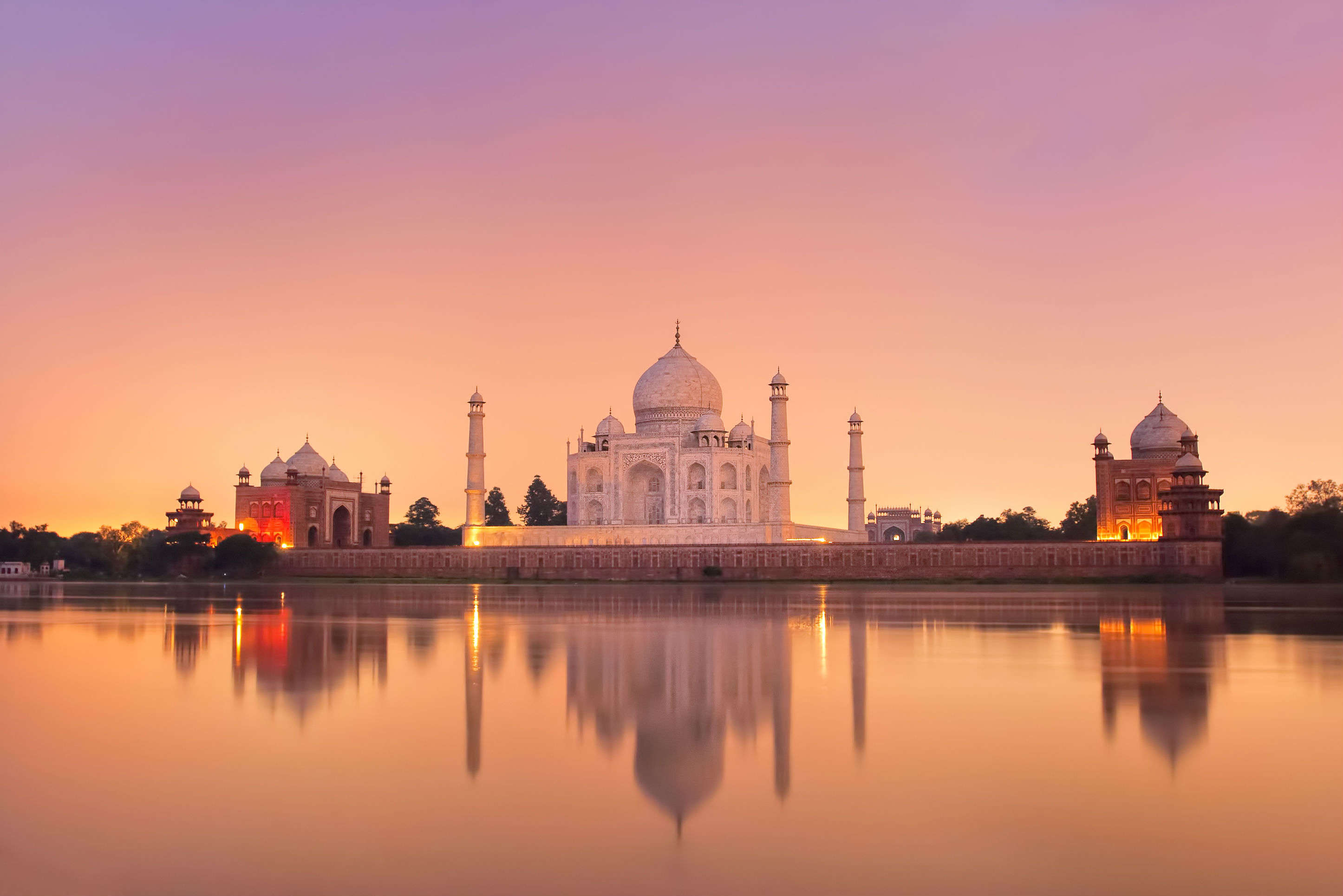 Taj Mahal and Agra Fort are among the two highest revenue generating monuments for 2015-2018