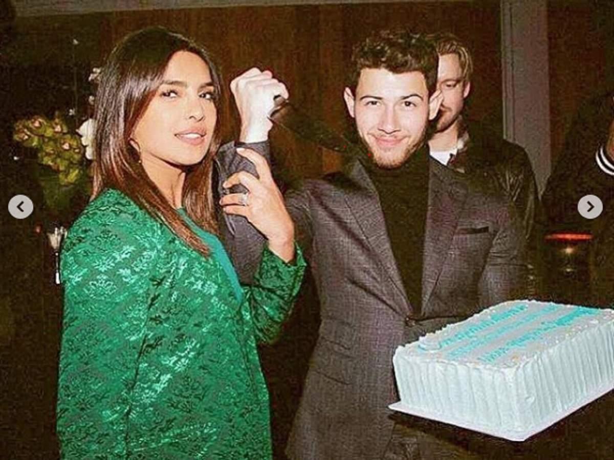 Grammy Awards 2019: Priyanka Chopra And Nick Jonas Celebrate Their Friends' Nominations In A Unique Style | Hindi Movie News