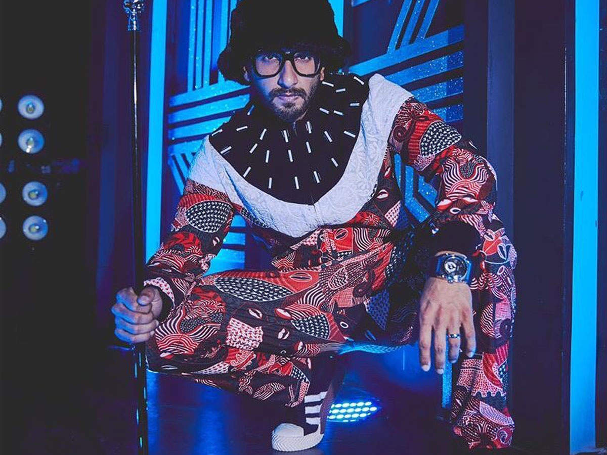 Here's Why Ranveer Singh Broke Down On The Sets Of A Television Show | Hindi Movie News