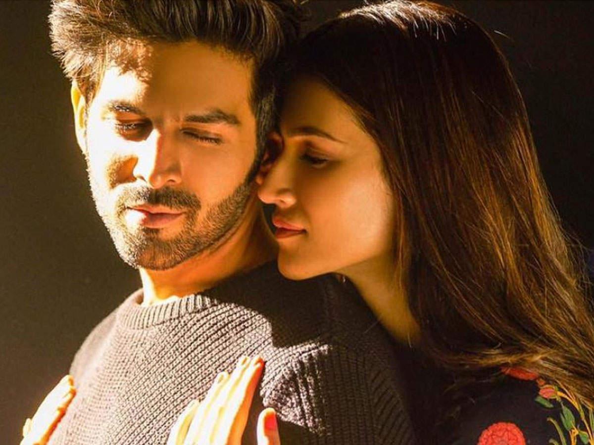 'luka Chuppi'  'photo': Kartik Aaryan And Kriti Sanon's New Romantic Track Is All About Young Love | Hindi Movie News